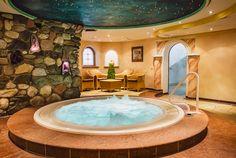 Bio Sauna, Corner Bathtub, Wellness, Outdoor Decor, Home Decor, Steam Bath, Decoration Home, Room Decor, Home Interior Design
