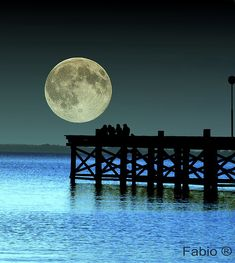 Full moon | Nueva Palmira, Colonia, Uruguay | by Fabio  It just needs a 'star'!