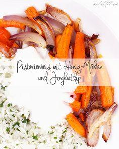 Lecker und kalorienarm • Pistazienreis mit Honig-Möhren und Joghurtdip (ca. 425 kcal pro Portion)