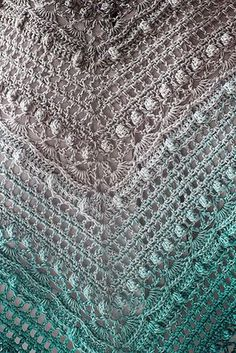 "podkins: "" Following my last post, here's a brilliant close up of the Lost in Time shawl. This pic is © IKzRoguRenifera. Pattern: "" Lost in Time by Johanna Lindahl - this pattern is available for free..."