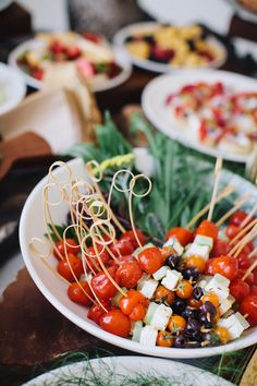 A balanced diet -- antipasto and La Crema wine Healthy Foods To Eat, Healthy Dinner Recipes, Appetizer Recipes, Healthy Snacks, Cooking Recipes, Appetizer Ideas, Appetizers Table, Appetizers For Party, Tapas