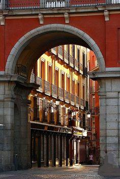 ARCO ** CALLE DE LA SAL ** MADRID ** ESPAÑA. Foto: Quique Jiménez