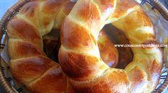 Un pain brioché légèrement sucré, très populaire en Turquie. Idéal pour accompagner les plats sucrés-salés. Recette en partenariat avec Farin'UP. Ingredients: - 1/2 verre d'eau tiède - 2 cuillères à soupe de lait - 1 oeuf - 3 cuillères à soupe de sucre...