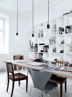 Home office / work space in the lovely Copenhagen apartment of an architect. Tia Borgsmidt / Mette Helena Rasmussen.