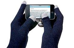 smartphone gloves | stocking stuffer ideas