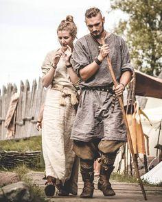 "208 gilla-markeringar, 4 kommentarer - Jōṛa Photo Tales (@jora.phototales) på Instagram: ""Wolin 2016 - look, what a beautiful couple! #vikings #wolin #festival #vikingreenactment…"""
