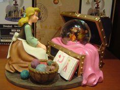 Cinderella, Making A Dress