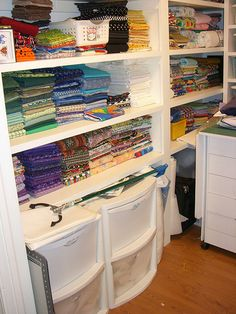 sewing closet 004 by namawsbuzyquiltn, via Flickr