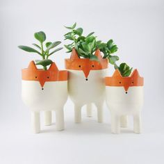 Tripod Fox Planter from MinkyMooCeramics.