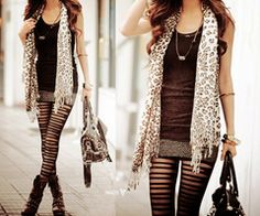 LUV the ripped leggings gonna try it with mine! Glam Rock, Moda Outfits, Cute Outfits, Older Women Fashion, Womens Fashion, Ripped Leggings, Skirt Leggings, Leggings Style, Black Leggings