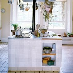 kitchen made for family/friends gatherings - Home of Terence Conran