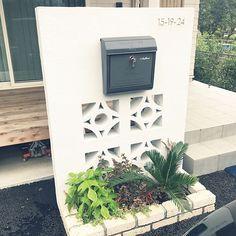 Concrete Bricks, House Numbers, Fence, Exterior, House Design, Doors, Outdoor Decor, Plants, House Ideas