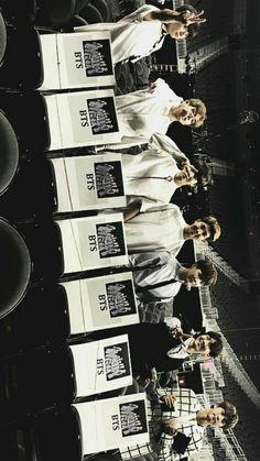 Bts Billboard Music Awards, Bts Official Light Stick, Fans Cafe, Pop Group, Boy Bands, Entertaining, Bts Wallpaper, Funny