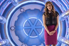 """Meet Caitlin's Mom In The Flash's Official Synopsis For """"Monster"""""""