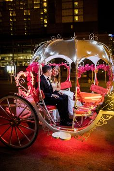 Wedding Send Off | Cinderella Carriage | The Bell Tower Nashville #exploreinfinitenashville