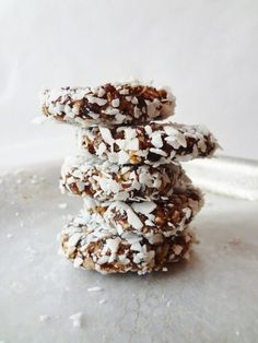 No-Bake Trail Mix Quinoa Cookies-Taking these on the next long run!