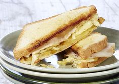 Croque au poulet, à la pomme et au brie Brie, Recipe Details, Calories, Tapas, Easy Cooking, Finger Foods, Apple Pie, Brunch, Food And Drink