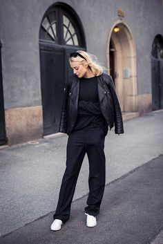 #EllenClaesson getting back to black in Stockholm.