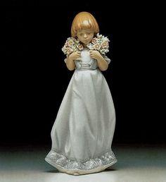 LLADRO - SPRING BOUQUETS  Issue Year:   1987    Retirement Year:   1992    Sculptor:   Juan Huerta
