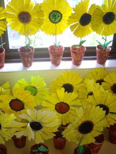 Use Your Coloured Pencils: Potted Sunflowers-- Van Gogh Spring Crafts For Kids, Summer Crafts, Fall Crafts, Art For Kids, Spring Activities, Craft Activities, Preschool Crafts, Paper Sunflowers, Recycling