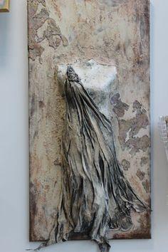 Ancient Beauty Torso with Art Stone Mixed Media Canvas, Mixed Media Art, Ceramic Sculpture Figurative, Mannequin Art, Free To Use Images, Ancient Beauty, Arabic Art, Art Techniques, Textile Art
