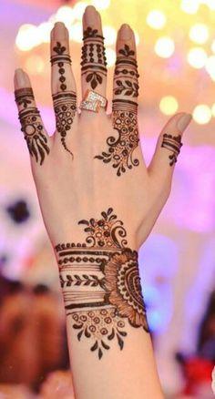 20 Gorgeous Rakhi mehndi designs for new moms – Henna Henna Hand Designs, Mehndi Designs Finger, Indian Henna Designs, Simple Arabic Mehndi Designs, Legs Mehndi Design, Mehndi Designs For Girls, Mehndi Design Photos, Mehndi Designs For Fingers, Mehndi Art Designs