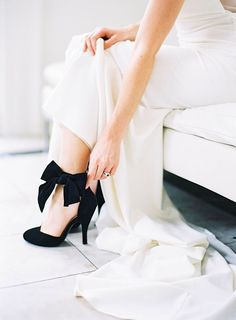 hochzeitsschuhe schwarz The elegant black suede wedding shoes with ankle bows bring that super chic feel to the bridal look. Black And White Wedding Theme, Black Tie Wedding, White Wedding Dresses, White Weddings, White Bridal, Bridal Shoes, Wedding Shoes, Wedding Day, Bow Wedding