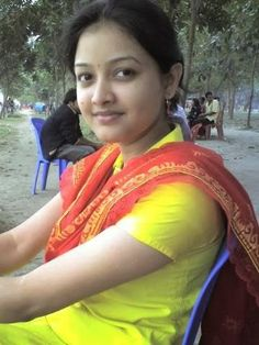 World's beautiful girls Beautiful Girl Photo, Beautiful Girl Indian, Most Beautiful Indian Actress, Beauty Full Girl, Cute Beauty, Dark Beauty, College Girl Photo, Indian Girl Bikini, Indian Girls