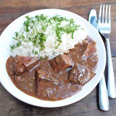 Dělala jsem z drůbežích, dětem chutnalo, klidně jen z jater Thai Red Curry, Beef, Ethnic Recipes, Food, Halloween, Kochen, Meat, Hoods, Meals