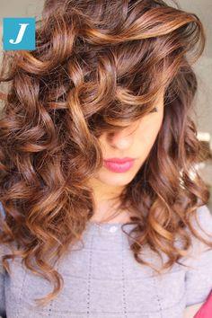Elegante. Come le donne, come il Degradé Joelle! #cdj #degradejoelle #tagliopuntearia #degradé #igers #musthave #hair #hairstyle #haircolour #longhair #ootd #hairfashion #madeinitaly #wellastudionyc