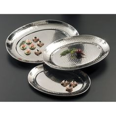 """American Metalcraft HMOST1520 20"""" Oval Hammered Stainless Steel Serving Tray"""