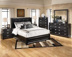 Shiny Black Bedroom Furniture Ideas For Men Bedrooms With Aluminum Pull  Handles Drawers Dresser And Nightstand