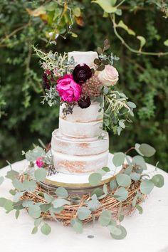Romantic woodsy naked cake #nakedcake #floralcake #weddingcake
