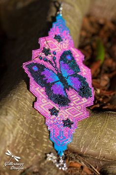 BUTTERFLY EFFECT CUFF BRACELET PATTERN SKILL LEVEL: INTERMEDIATE LANGUAGE: English NEED TO KNOW: Even and odd count Peyote Stitch (basic instructions can be found via Google)  ---------------  Like this pattern and want me to make it for you? - https://www.etsy.com/au/listing/258777774/beaded-cuff-bracelet-koi-flowers?ref=shop_home_active_1  ---------------  This is a digital file only and does not include any beads or finished product.  Once payment is rece...