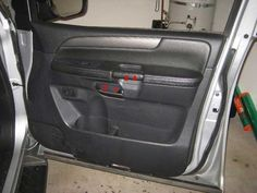 20132016 Nissan Pathfinder Plastic Door Panel Removed