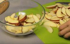 Tartă simplă cu mere cu gust memorabil, care poate fi preparată de oricine! - Bucatarul Biscuits, Pudding, Desserts, Food, Crack Crackers, Tailgate Desserts, Cookies, Deserts, Custard Pudding