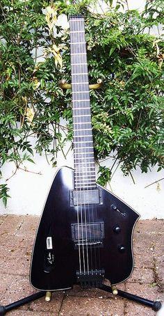 Stealth Custom Ergonomic Headless Guitar - Graham Parker Luthier Guitar Art, Music Guitar, Cool Guitar, Acoustic Guitar, Guitar Room, Unique Guitars, Custom Guitars, Vintage Guitars, Gatlinburg Restaurants
