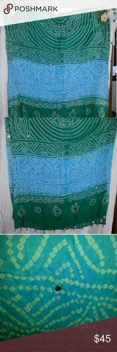 SCARF/Shawl/Wrap Green & turquoise with shells on the ends Unbranded Accessories Scarves & Wraps