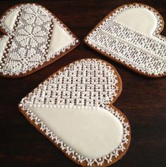 Amazing Latvian gingerbread home made cookies for Xmas, by Agnese Vidnere Gingerbread Decorations, Gingerbread Cookies, Christmas Biscuits, Christmas Cookies, Ginger Bread Biscuits, Christmas Dinner Menu, Bakers Gonna Bake, Noel Christmas, Xmas