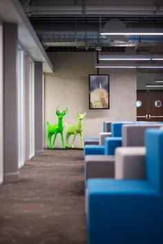 Twitter's headquarters in an Art Deco tower by IA Architects and Lundberg Design