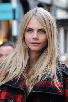 cara delevingne blonde hair {very light, but pretty color}