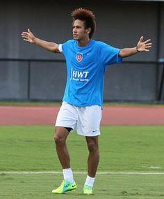 Neymar is samen met Fred een van de beste spelers  van Brazilië.