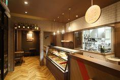 ケーキ屋の店舗デザイン_長野県松本市 Pâtisserie NUMOROUS(パティスリーニューモラス)