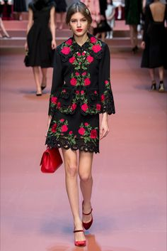 Dolce & Gabbana - Collections Fall Winter 2015-16 - Shows - Vogue.it