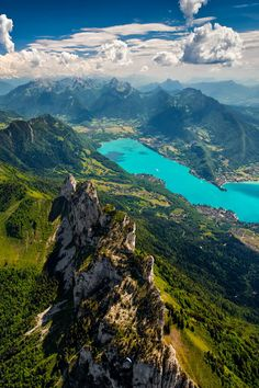 Lake Annecy, French Alps  nordvarg:  (500px / High Up by Tristan Shu)