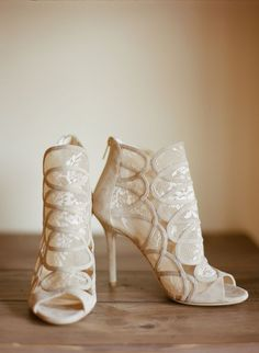 Champagne Lace Jimmy Choo Wedding Heels | Simply Grand Weddings and Events https://www.theknot.com/marketplace/simply-grand-weddings-and-events-jackson-hole-wy-872992 | Carrie Patterson Photography https://www.theknot.com/marketplace/carrie-patterson-photography-jackson-hole-wy-409788