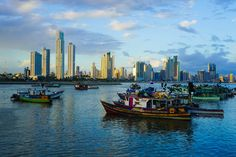 A booming metropolis oozing with culture and style - if only you know where to look! See a new side of Panama City, relax and get ready for a good time!