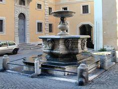 Fontana di Piazza Campitelli - I feel like I saw this