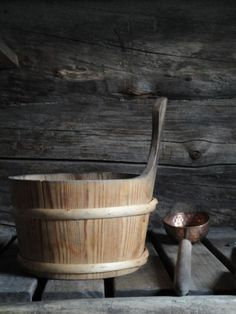 sauna bucket and ladle Finland Scandinavian Cabin, Chalet Chic, Sauna Design, Finnish Sauna, Steam Sauna, Bathroom Spa, Slow Living, Zen, Rustic Charm