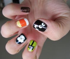 Twinkle Tips - A Nail Polish and Konad Stamping Blog: Halloween Nail Series Part 3 - Cartoon Nail Art!